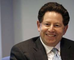 Activision Blizzard CEO Bobby Kotick receives $7.85 million bonus